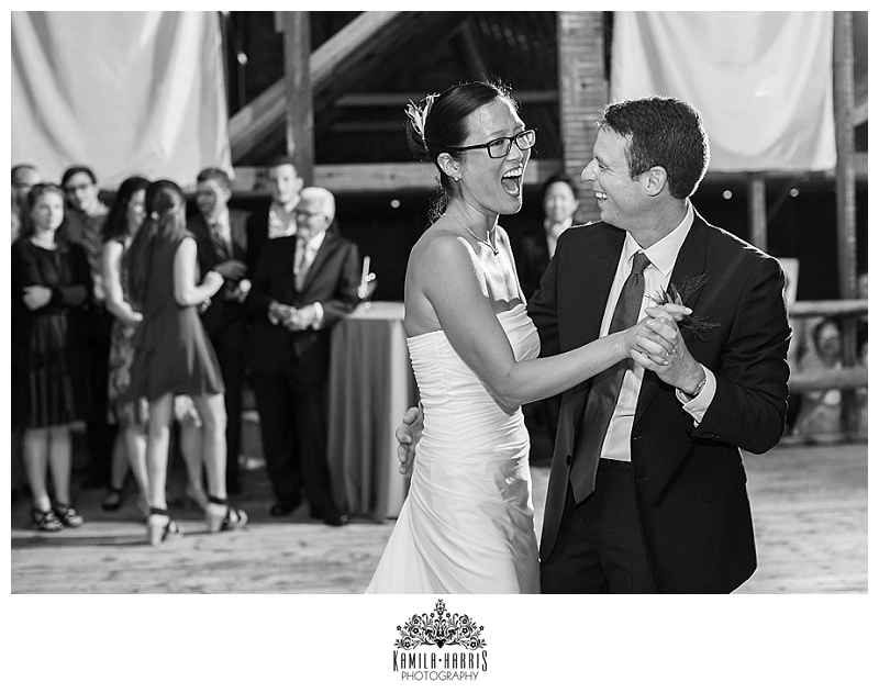NY_Rustic_Barn_Wedding_Photographer_0135