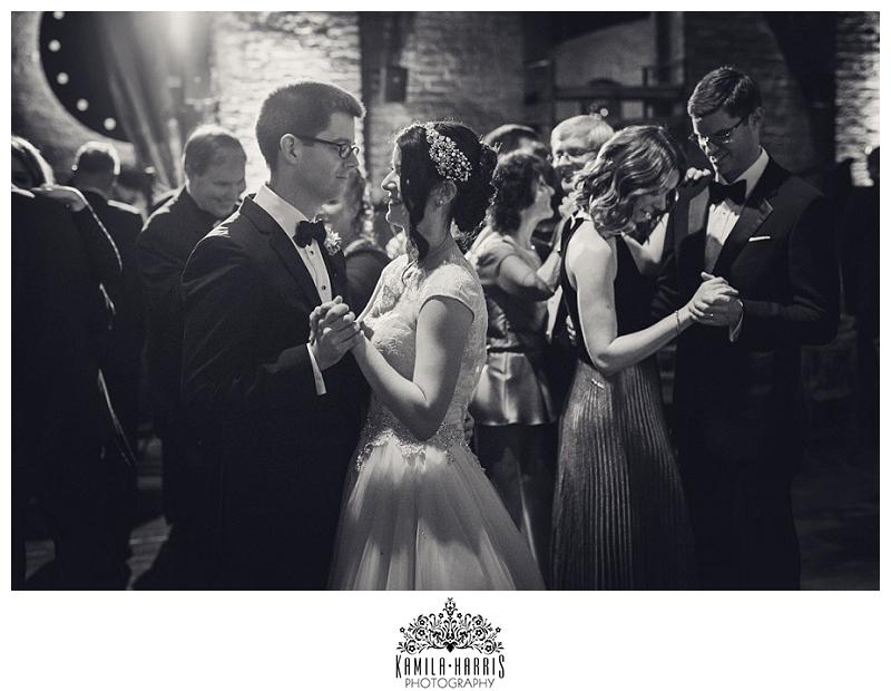NYC-Brooklyn-Wedding-Photographer-MyMoon-Williamsburg-DUMBO_0079