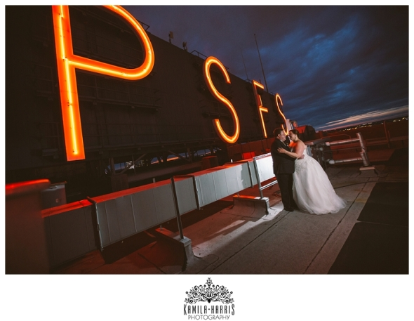 Wedding at the Loews Philadelphia, Philadelphia Wedding Photographer, PSFS Building