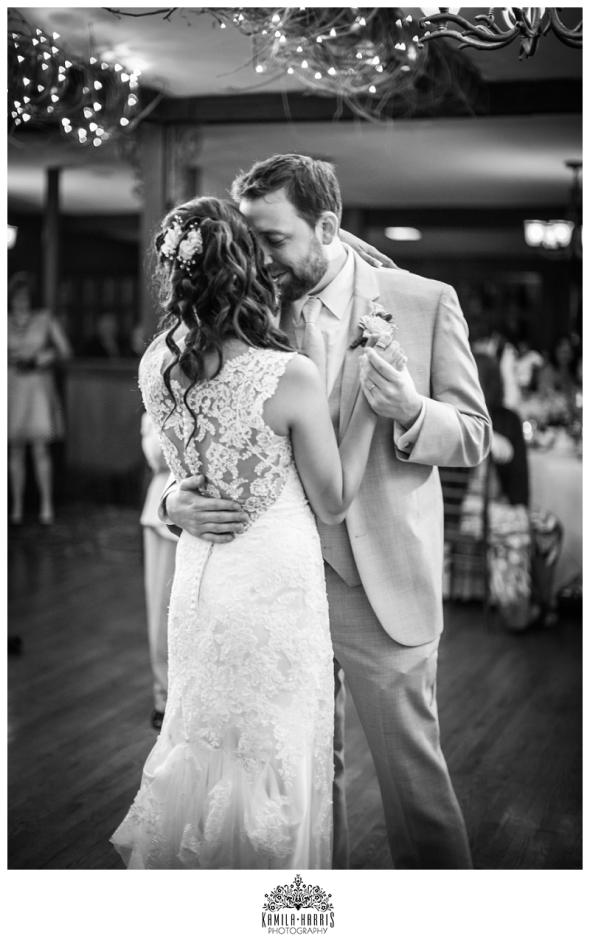 Pennsylvania-Wedding-Photographer-Stroudsmoor-Woodsgate-_0017