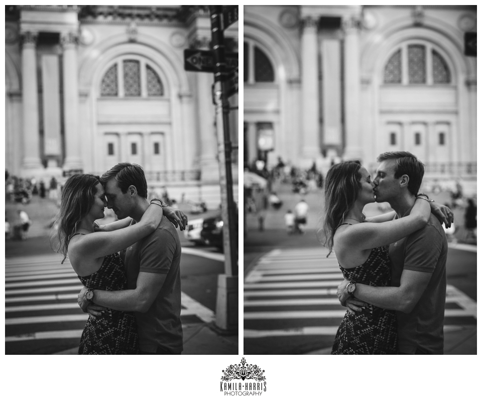 Met; Museum of Natural History;a Central Park; NYC; Museum Engagement Session; Engagement Photos; Engagement Photos in a Museum; The Metropolitan Museum of Art