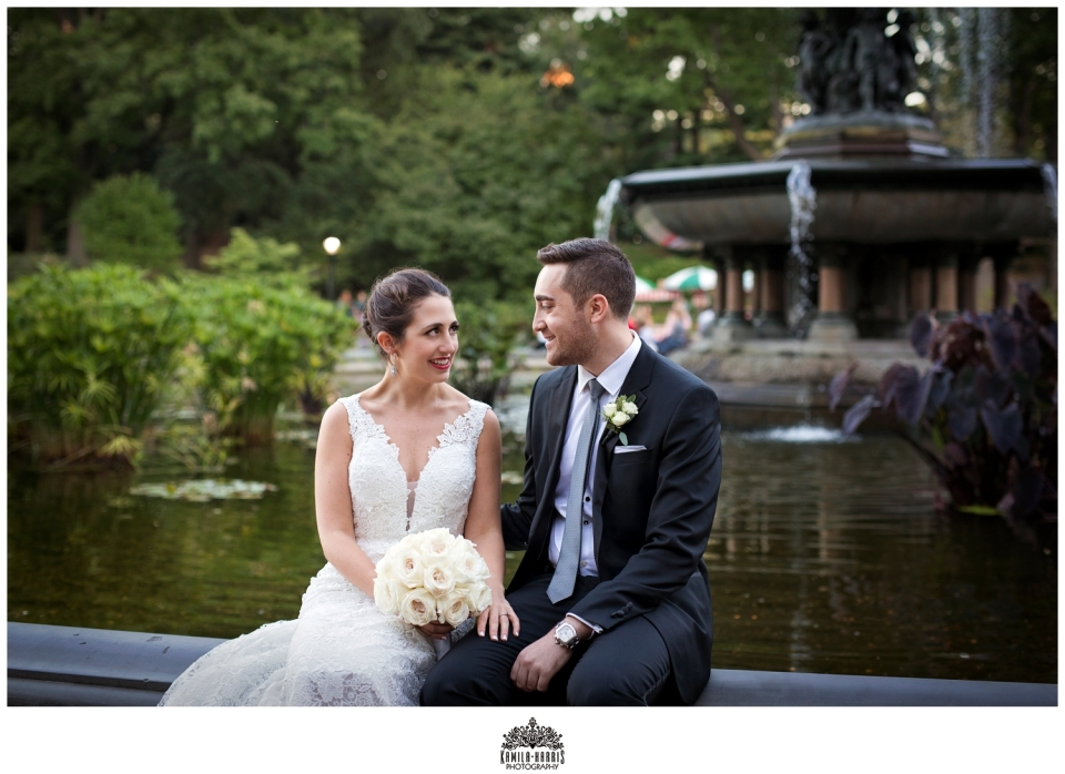 NYC wedding photographer kamila harris, wedding at Loeb Boathouse in Central Park
